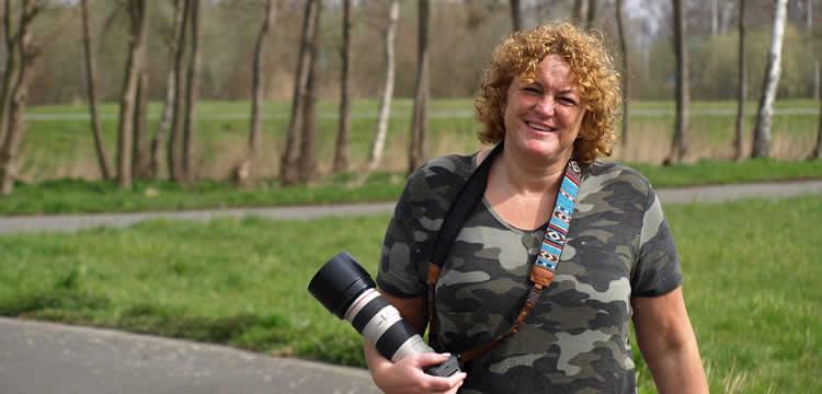 Kristel Nijssen maakt foto's bij wegkoersen en veldritten